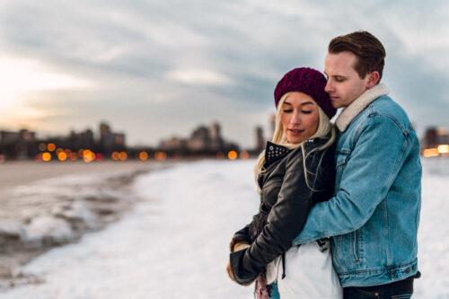 Texas couple's January Chicago engagement session at dusk on frozen lake